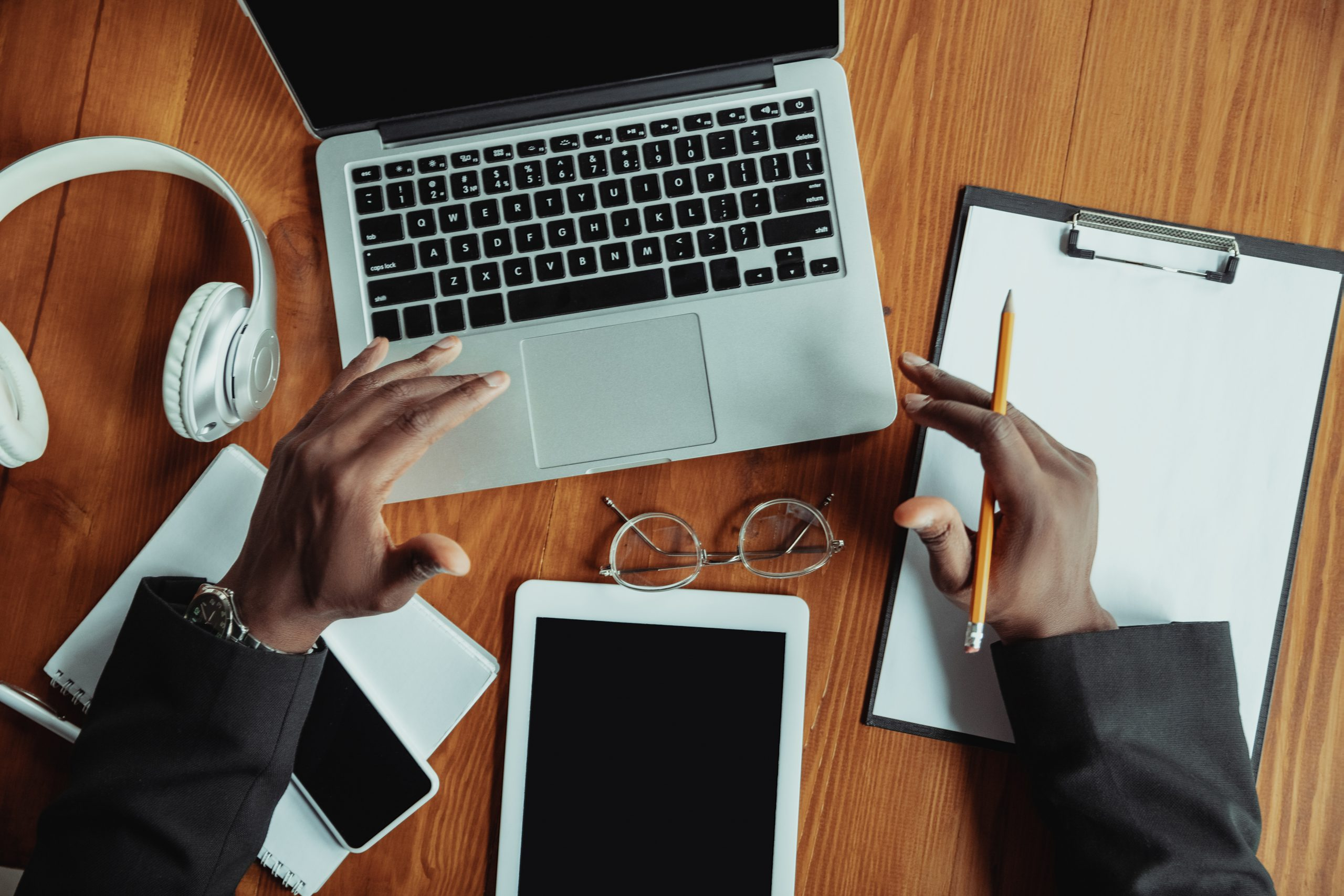 5 Ways To Increase Productivity While Working At Home (In an African Context)